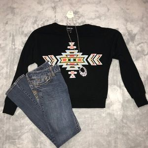 Audrey Ann Aztec Print Sweater Size Small